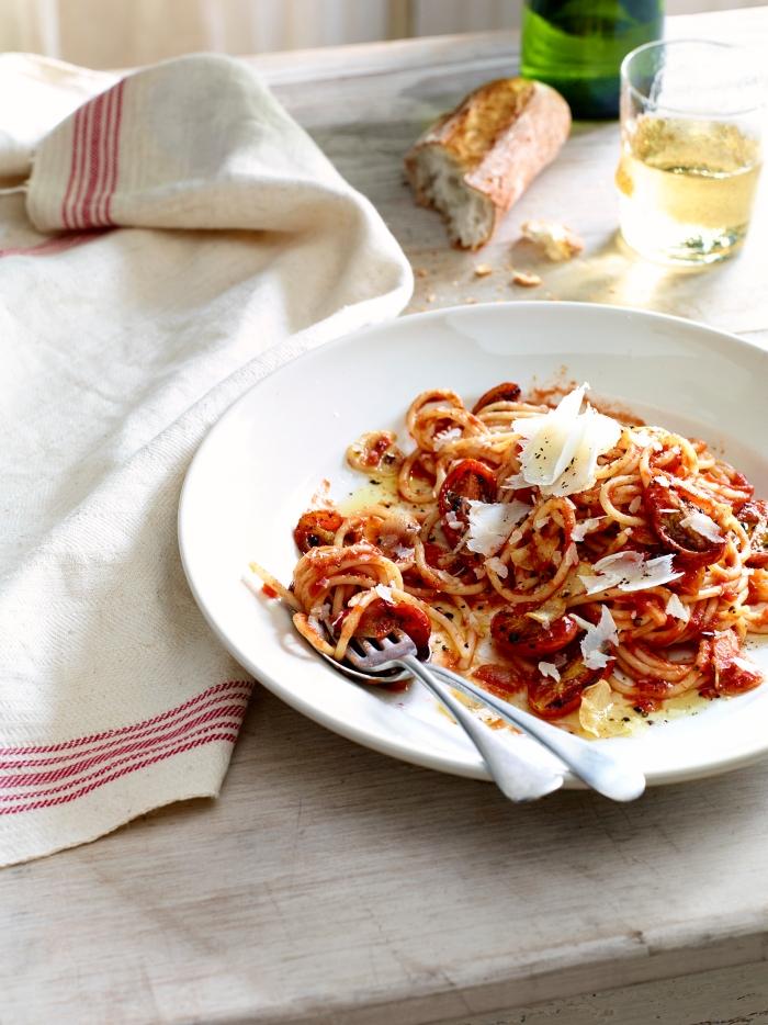 Spaghetti_Tomatoes_32709